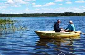 Досуг на озере Селигер