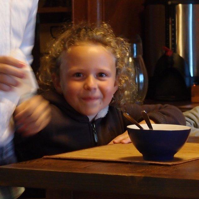 Питание ребенка во время отдыха на Селигере