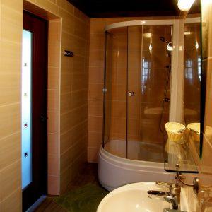 Туалет в Доме рыбака на Селигере